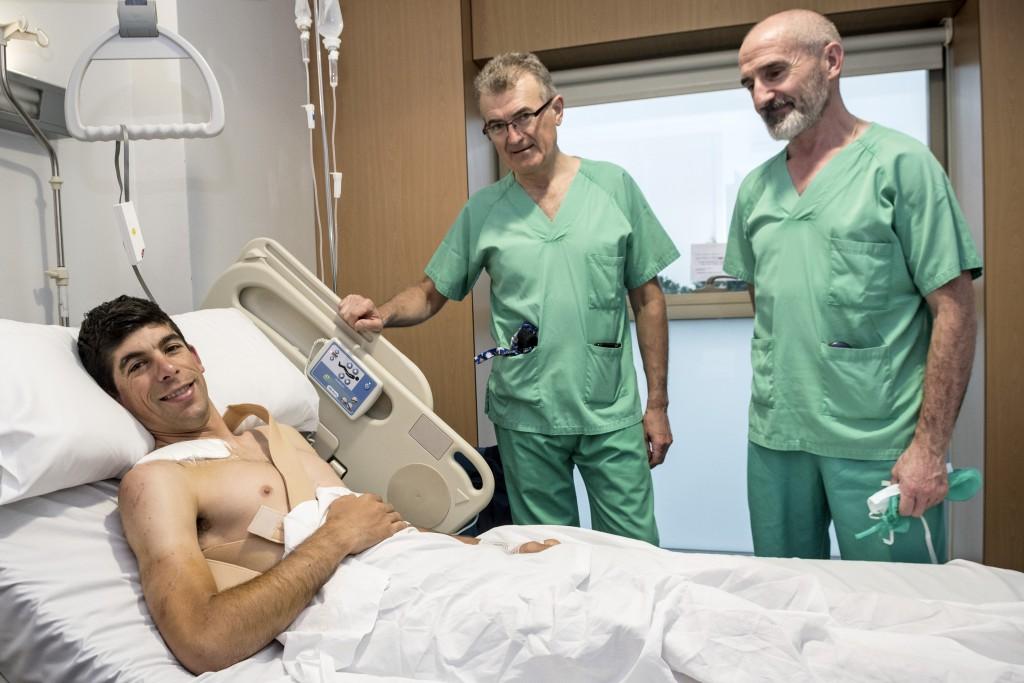 Recuperación del ciclista profesional Nelson Oliveira, del Movistar Team. Clinica San Miguel, Pamplona. 12.04.2018.