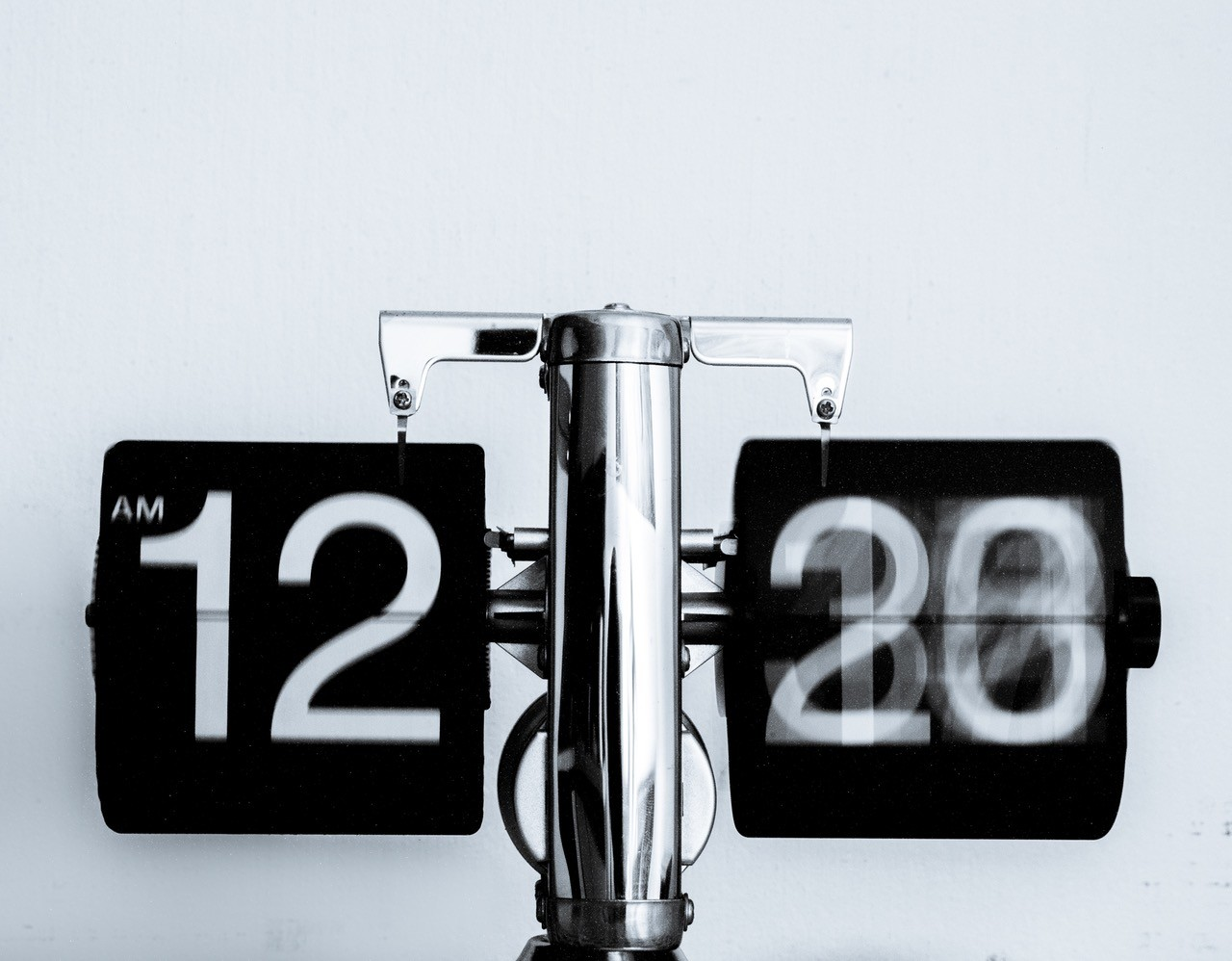 Reloj que indica la hora