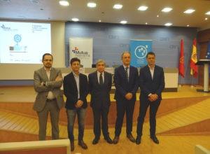 Representantes de Mutua Navarra, AEDIPE Navarra, Gobierno de Navarra y la CEN